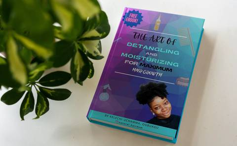 THE ART OF DETANGLING AND MOISTURIZING FOR MAXIMUM HAIR GROWTH